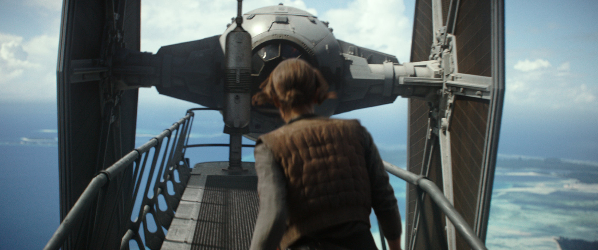 rogue one: the ultimate visual guide Scarif Citadel Jyn TIE
